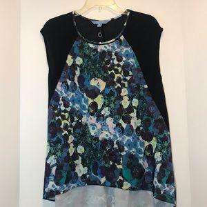 Simply Vera Wang Navy floral blouse NWOT